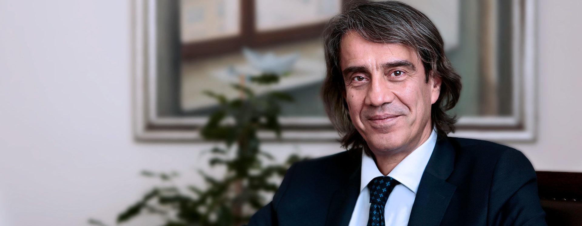 Prof.Dr.Levent Kabasakal